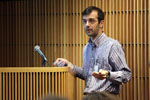 Guest Lecturer Offers New Insight into Heritable Epigenetic Changes