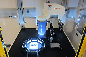 Robot used to load embryos into well plates