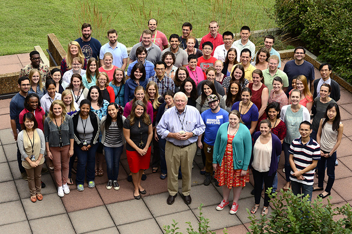 NIEHS fellows gathered for a group photo